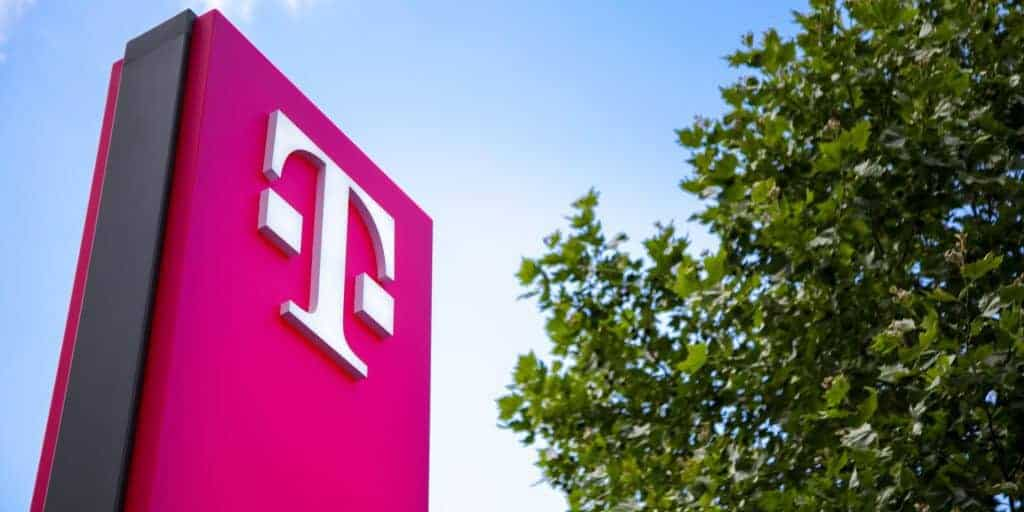 T-Mobile Phone Plans Review in 2019 - Is Its Unlimited Data Plan Good?